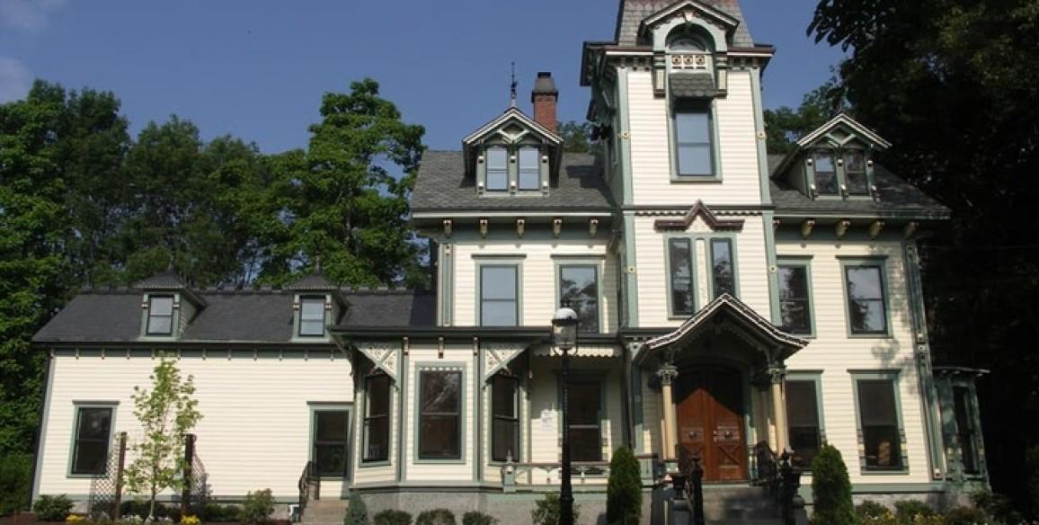 1877 Victorian Italianate Home Restoration in North Attleboro MA
