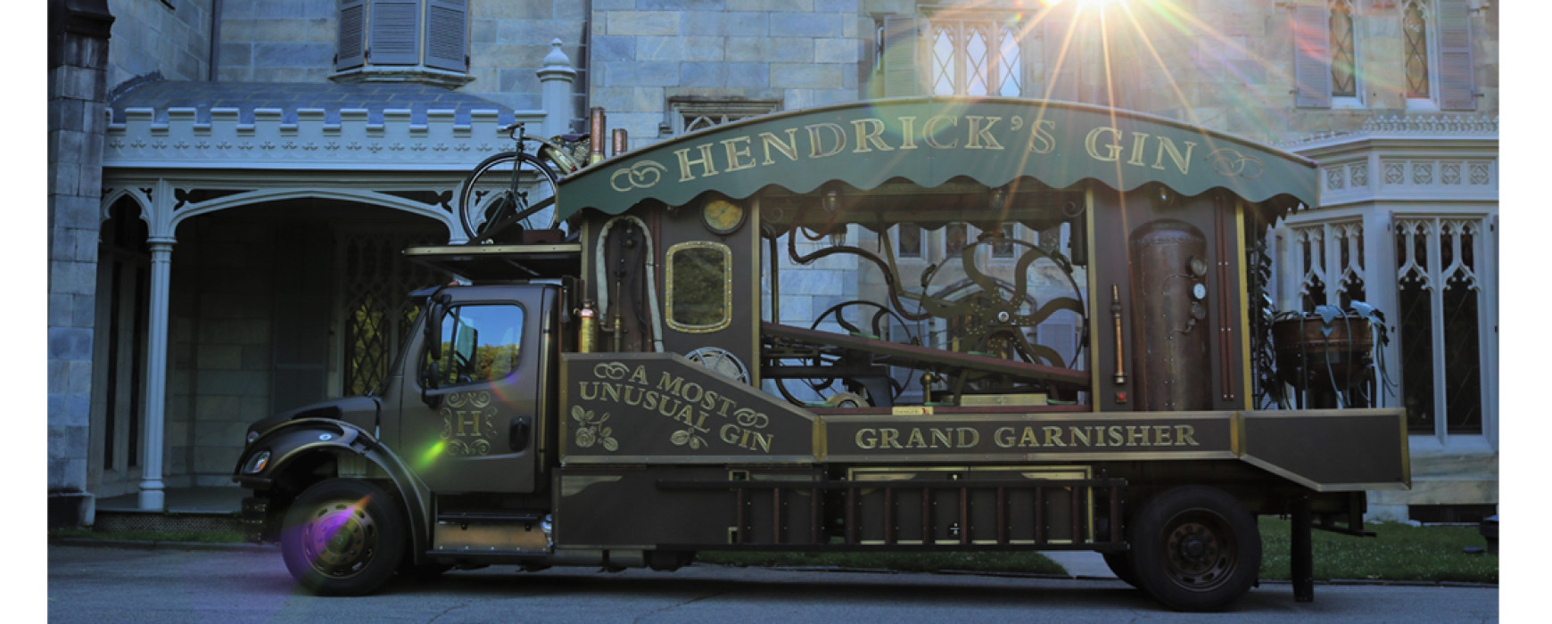 Hendricks Gin Grand Garnisher
