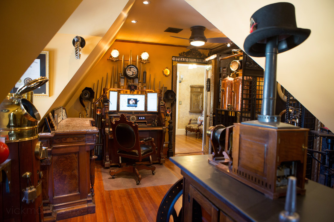 A Visit To A Steampunked Home Modvic